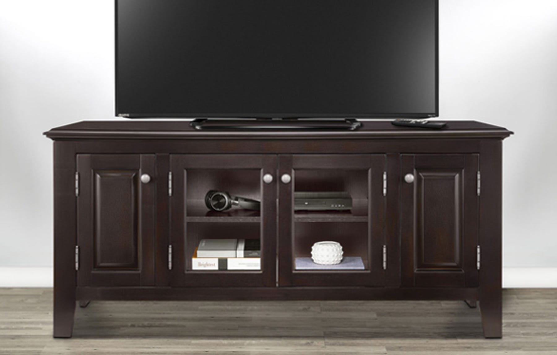 ht evergreen offer traditional tv stand xs